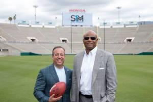 David Meltzer and Warren Moon. Photo courtesy of Sports 1 Marketing.