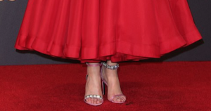 See what I mean about Nicole Kidman's shoes? I love them!  Do any of you remember when I always wore two different-colored sneakers?