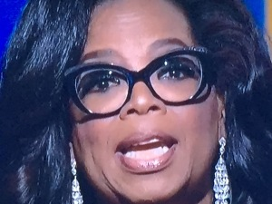 Oprah Winfrey's discolored bottom teeth.  Photo by Karen Salkin.