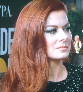 Debra Messing's awful make-up. Photo by Karen Salkin.