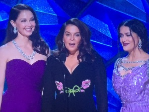 (L-R) Puffy-faced Ashley Judd, haggard-looking Annabella Sciorra, and still beautiful Salma Hyeck.   Photo by Karen Salkin.