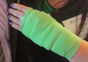 The only picture of my green bandage, that I had done on purpose for the occasion. Photo by Flo Selfman.