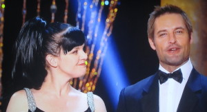 Dirty-looking Pauley Perrette and gorgeous Josh Holloway.  Photo by Karen Salkin.