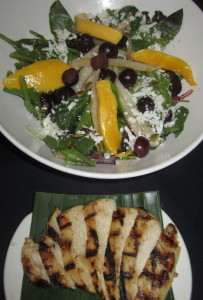 The mango and chicken salad, with the chicken on the side, the way we ordered it. Photo by Karen Salkin.