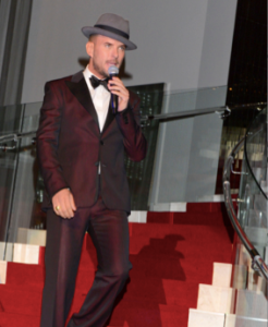 Matt Goss.  Photo by Vivien Killilea.