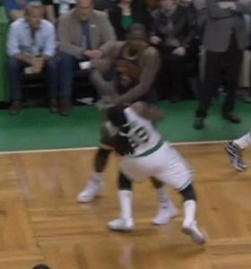 Another angle of the Kendrick Perkins thuggery.