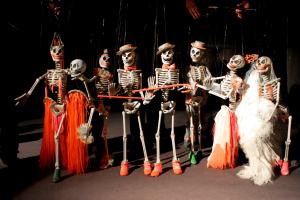 Bob Baker's Marionettes' Hallowe'en SpOoKtAcUlAr.
