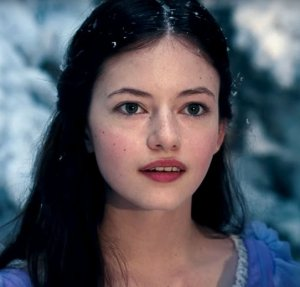 Mackenzie Foy as Clara.  Look at the black line over her lip!