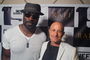 Mike Colter and lounge host, Rafi Anteby. Photo by Denni Christopherson.