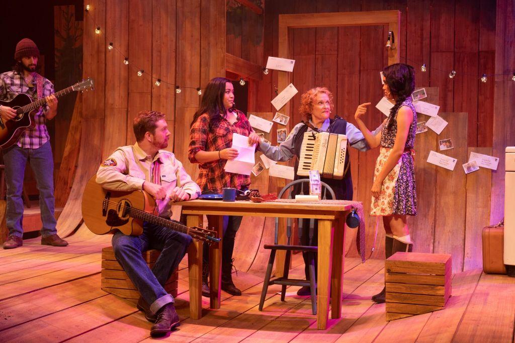 Joey Ruggiero, Erich Shroeder, Rachel Sarah Mount, Linda Kerns, and Ashley Argota.  Photo by Aaron Batzdorff.