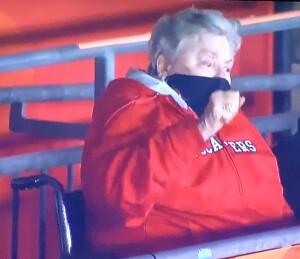 Bruce Arians' nonagenarian mother, cheering on her son's team. Photo by Karen Salkin.