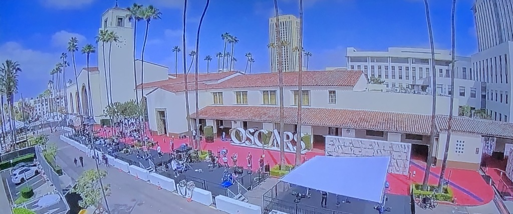 The Oscar preparations at new venue, Union Station, the night before. Photo by Karen Salkin, (off the TV screen.)
