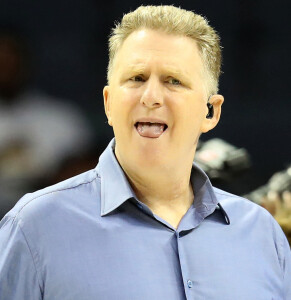 Michael Rapaport, seen here, is kind-of a piece of work, as well, but that's still no excuse for Kevin Durant's words to him.