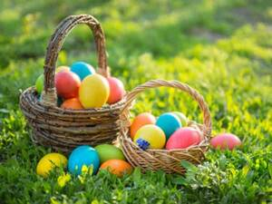 easter_eggs_basket_grass